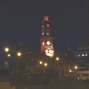 Dunedin's clock tower at night